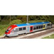 SNCF TER X 73500 railcar Burgundy