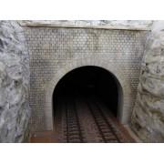 Entrée de tunnel Bourgogne décoré