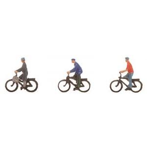 3 cyclistes classiques