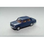 Fiat 124 bleu marine