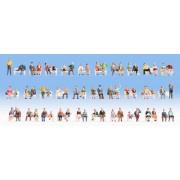 Set de 60 figurines assises