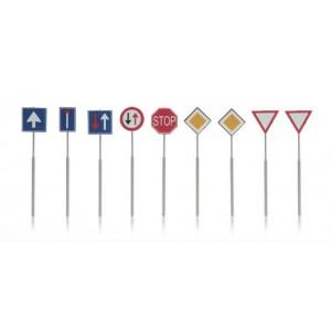 Panneaux de signalisation routière actuels